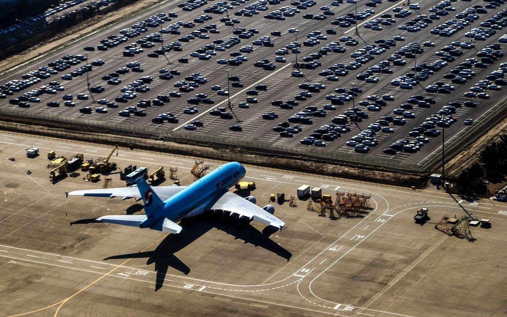 Get Ready for Takeoff!: 5 Advantages of Using the ParkMobile App for Airport Parking